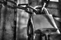 <h2>Padlock & chain</h2><p></p>